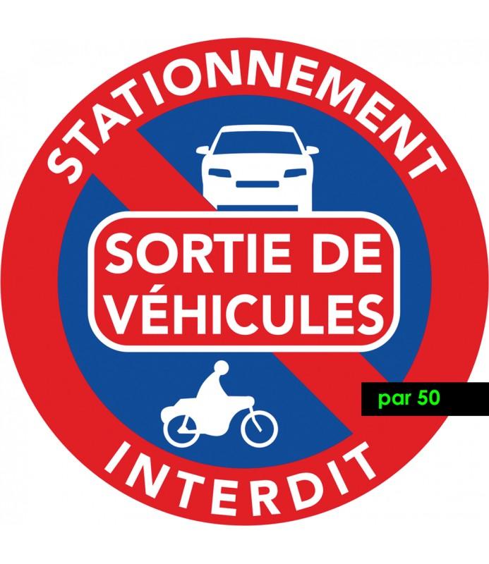 Autocollant de stationnement interdit car sortie de véhicules. Vendus par 50