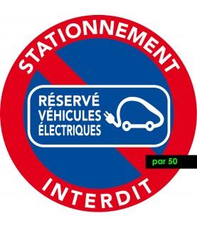 Interdiction de stationner sur les emplacements réservés aux véhicules électriques. Vendus par 50